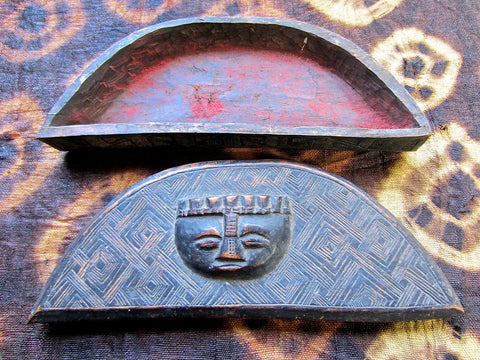 Vintage BaKuba Incised Crescent Box