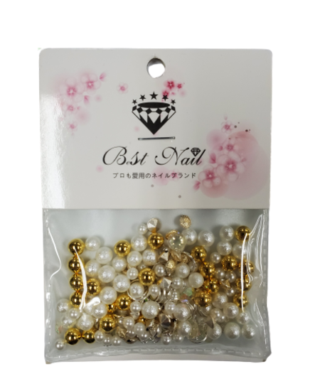 Mixed Diamond/Pearl Nail Decorations (Gold)