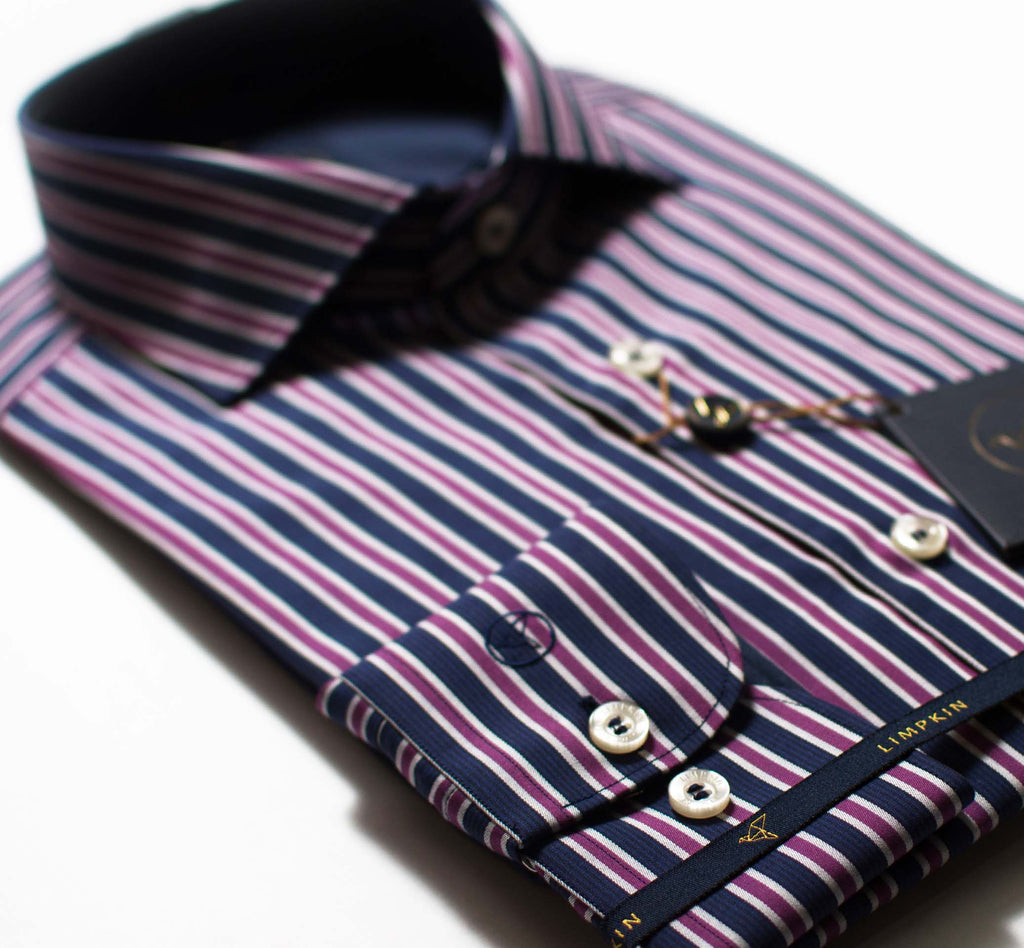 Full cutaway collar, French placket, Long sleeves