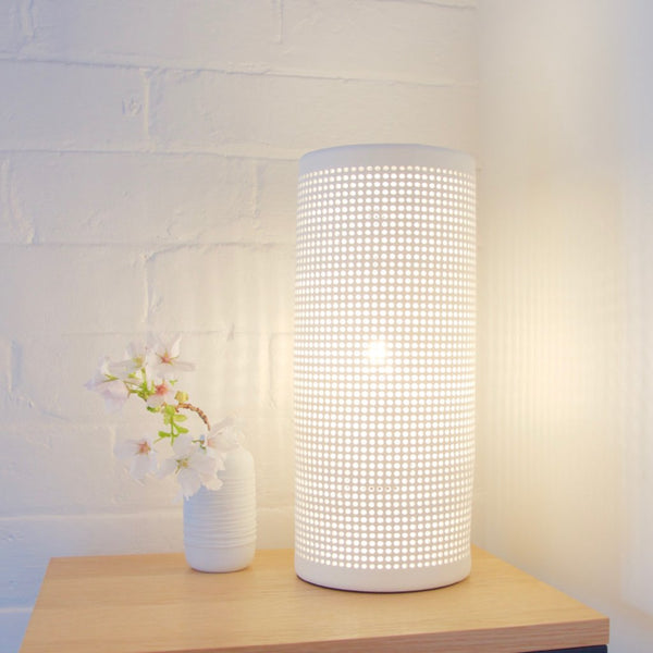 Porcelain pillar table lamp