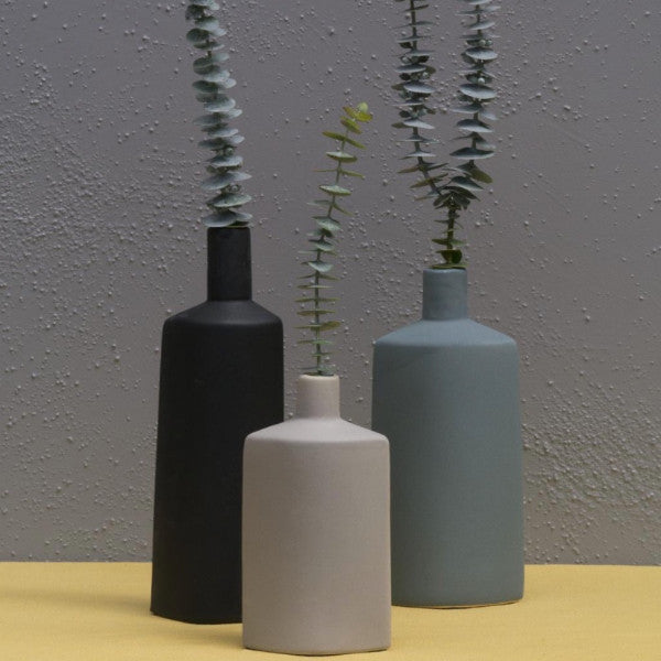 Bottle vases set of 3