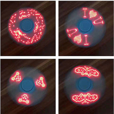 LED Tri-Spinner with 4 light patterns *Random color*