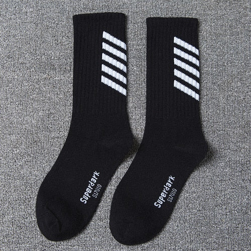 Extreme Arrow Skateboard Socks for Skateboarding Freaks
