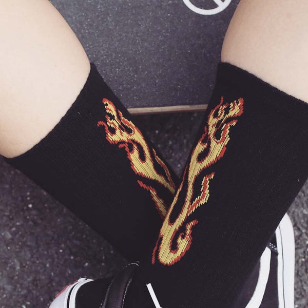 Hot Flame Fashion Socks for Young Folks *Black or White*