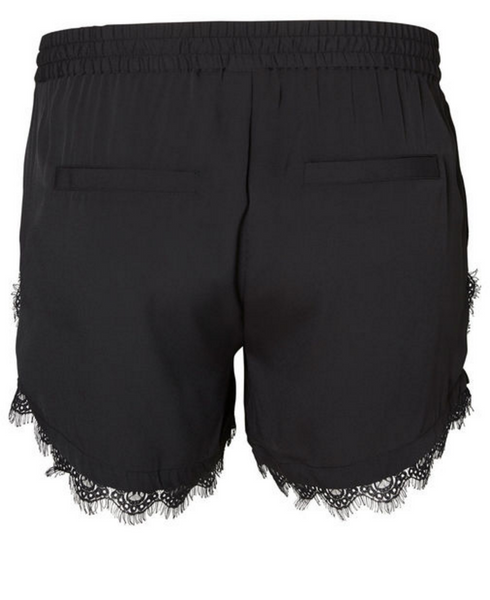 trendy plus size shorts
