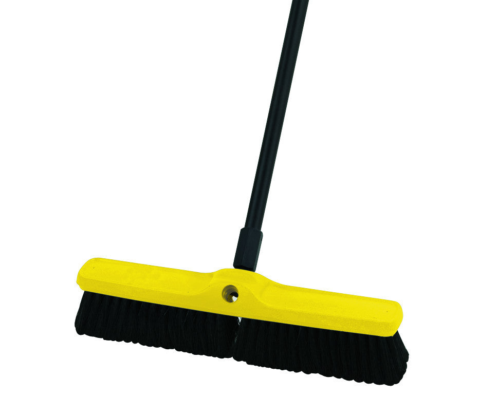 "PLASTIC-B MEDIUM SWEEP POLY-P 18"" BLACK"