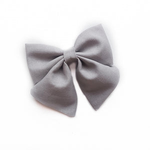 Sailor Bow / Grey