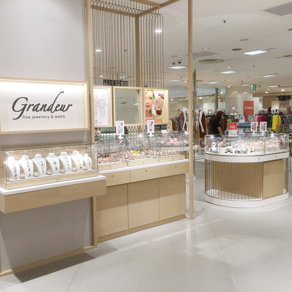 Grandeur Watches at Isetan Scotts