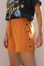 LOUISE ORANGE SHORTS