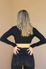 KATIANA TWIST CROP TOP