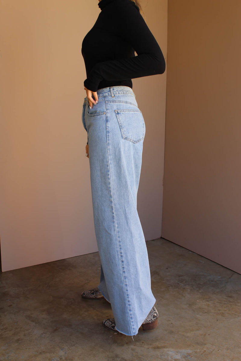 SUE WIDE LEG DENIM