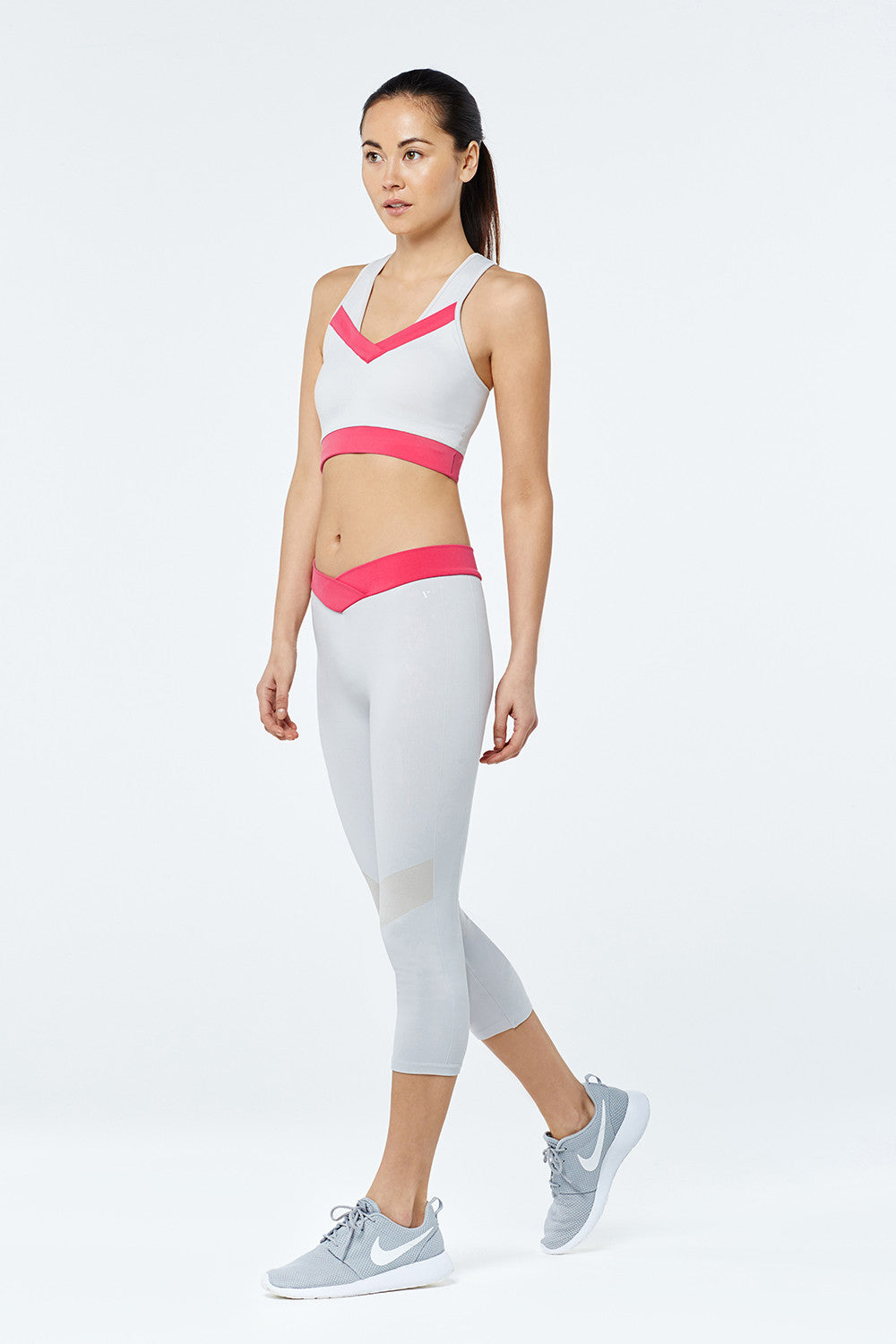 Performance Sports Bra - Grey - Vaara