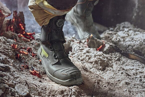 Boa Lacing System For Safety Shoes And Work Boots