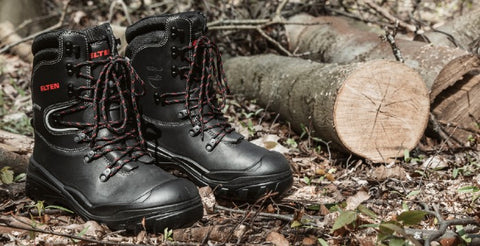 Work With Chainsaws? Stay Protected With The Arborist Forestry Safety Boot. With A Steel Midsole, Steel Toe Cap & Strategic Padding For Extra Comfort. Gore-Tex For All Weather Work With Chainsaw or in The Forest. Work Boots For Tree Work. Tree Cutting Safety Boots.