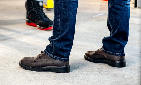 Professional attire, smart & casual safety footwear. The best looking and most comfortable business safety boots and shoes. Work shoes & boots.