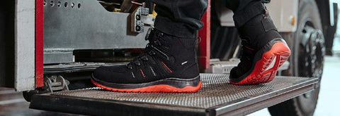 Collections Evolutionary Technology In Safety Footwear For Men and Women. Shop Now For The Most Comfortable Safety Boots Online.