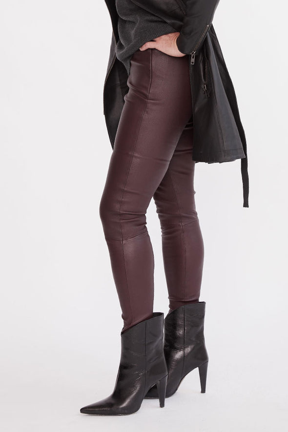 West Broadway Legging Shiraz Stretch Leather