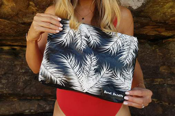 Bondi Bandits, Palm splash bag, designed in Bondi. Perfect for all beach lovers and lovers of the ocean, surf. The perfect splash bag to store your wet swim gear, googles, suncream