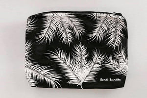 Bondi Palms splash and travel bag designed in Bondi. Perfect for all beach lovers and lovers of the ocean, surf. The perfect splash bag to store your wet swim gear, googles, suncream