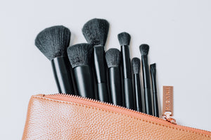 PREMIUM ESSENTIALS COLLECTION - 8 PIECES WITH MAKEUP BAG