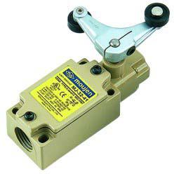 Moujen Electric MJ-3242 Oil Tight Limit Switch, 10A/250V - Industrial Sensors & Controls