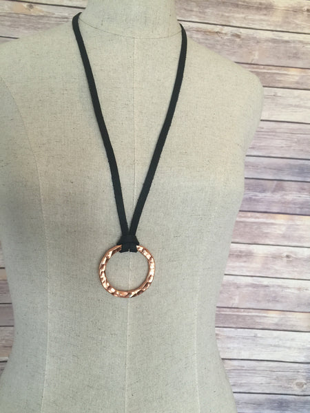 Copper Circle Pendant Black Bright - Antler Road