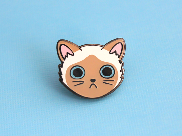 Siamese Cat Face Pin - Oh Plesiosaur