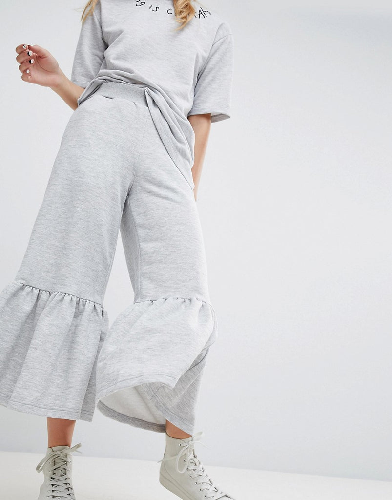 Awkward Length Sweat Pants With Frill Hem