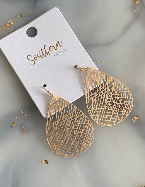 Matte Gold Filigree Earrings