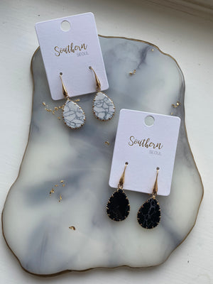 Black Gem earrings with Gold setting