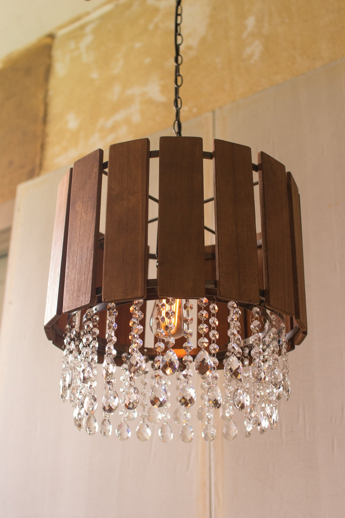 SLAT WOOD PENDANT LIGHT WITH GLASS GEMS