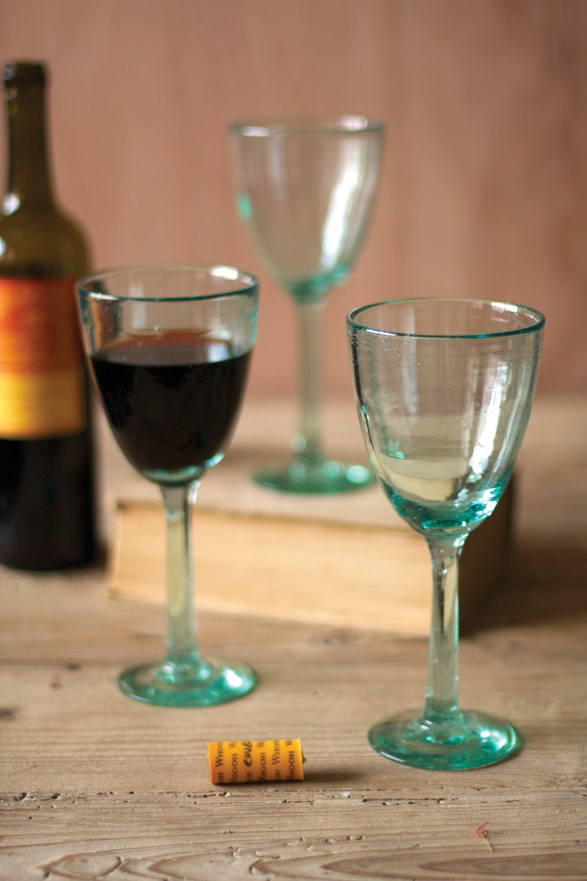 RECYCLED WINE GLASS