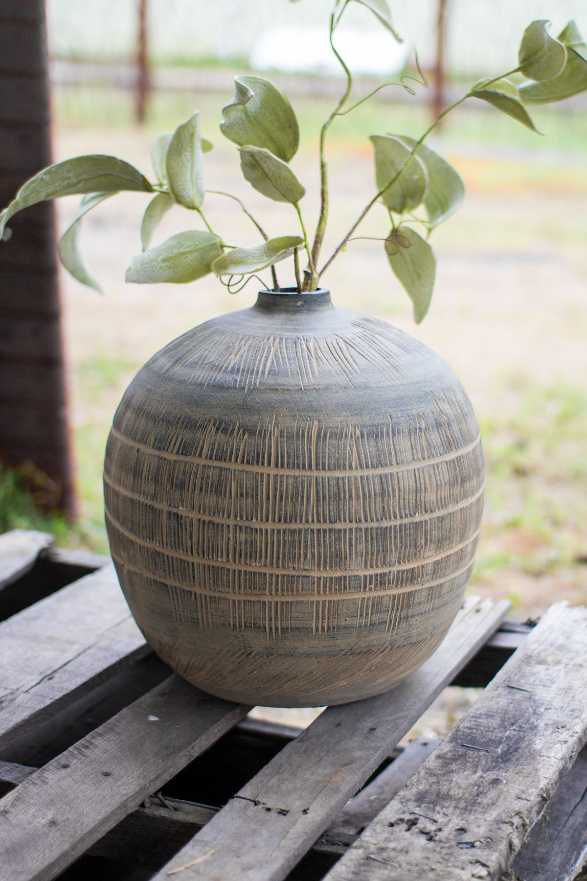 EARTHEN CERAMIC BOTTLE VASE