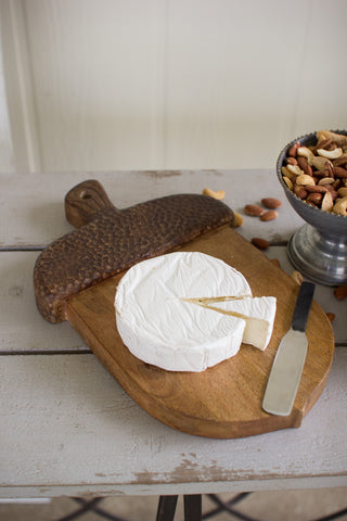 ACORN CUTTING BOARD WITH CHEESE KNIFE