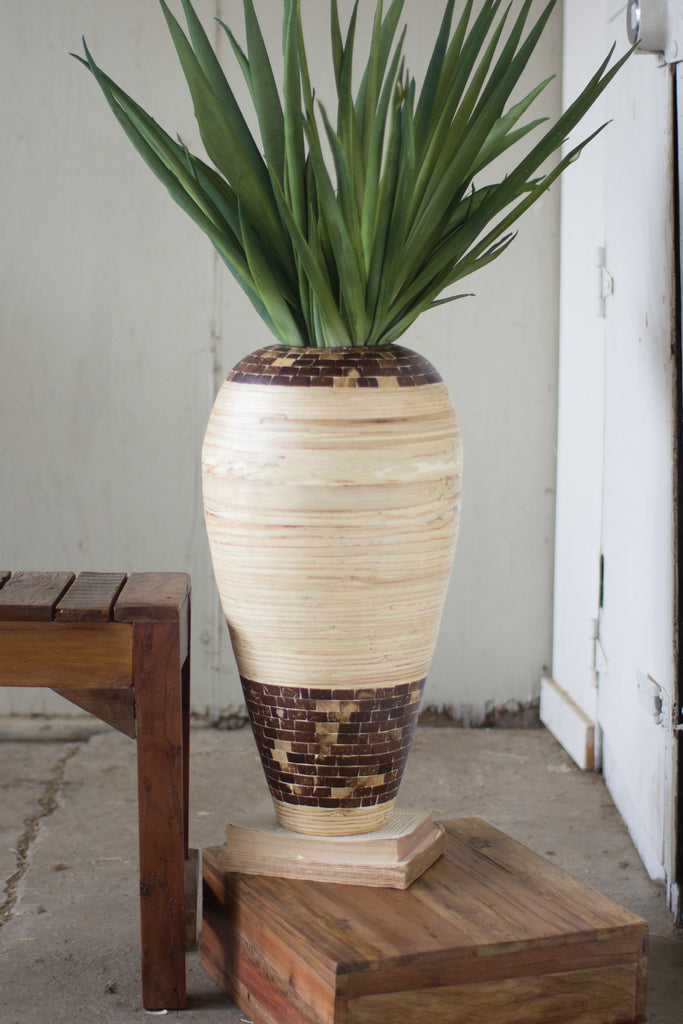 SPUN BAMBOO VASE WITH COCONUT DETAIL-BROWN BASE
