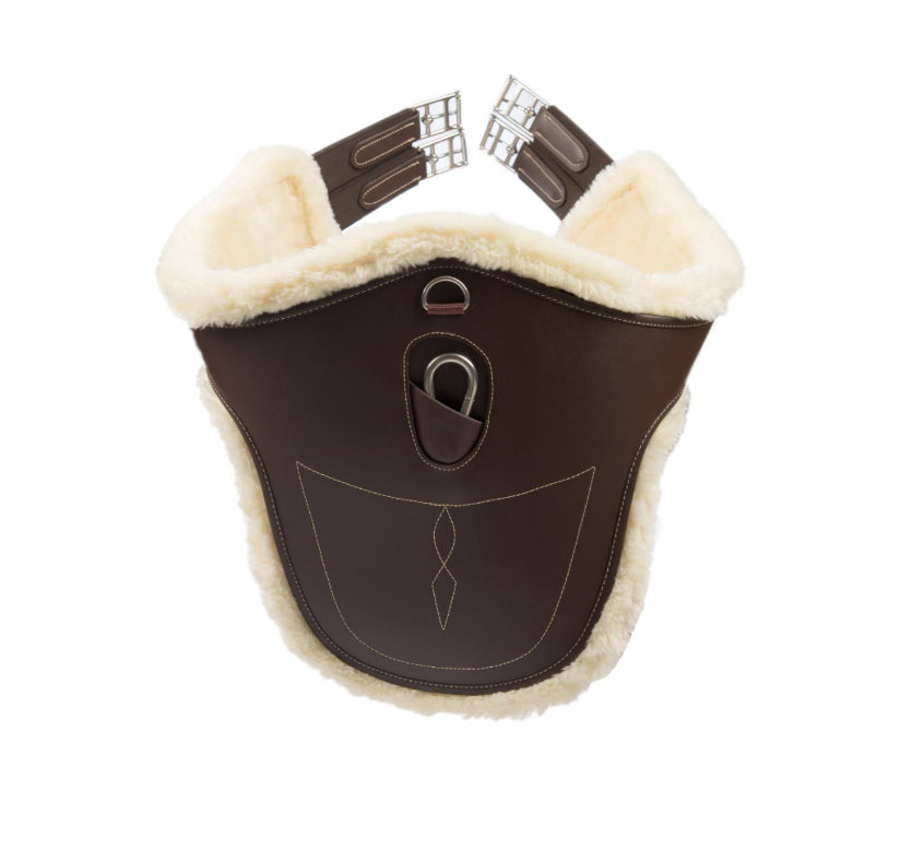 The Sheepskin Stud Girth is the ideal solution for horses with a sensitive skin and horses that are freshly clipped and to prevent girth galls and rubs.   The buckles and D rings are made out of Stainless steel. The buckles are attached to heavy-duty and durable double elastic. The D rings at the sides and in the middle can be used to attach training aids.    Soft, comfortable and long lasting Detachable sheepskin lining (Machine washable at 30° C) Ideal for sensitive horses and prevent girth galls and rubs