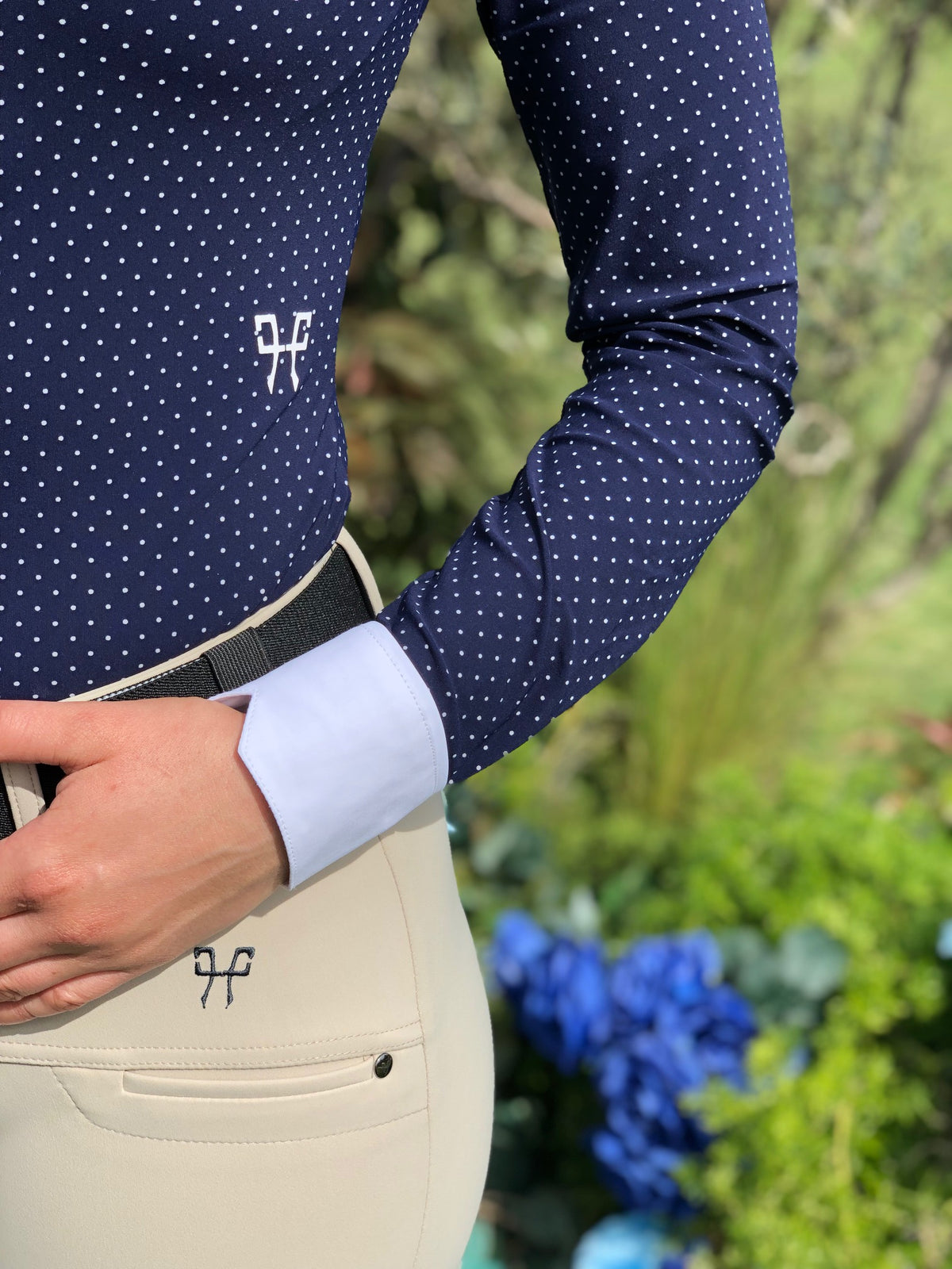 The Horse Pilot X-Balance is a versatile, strong and breathable riding breech, designed to act as a second skin, adapting perfectly to the rider's position.