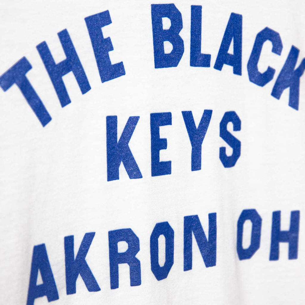 THE BLACK KEYS AKRON OH T-SHIRT WHITE DETAIL