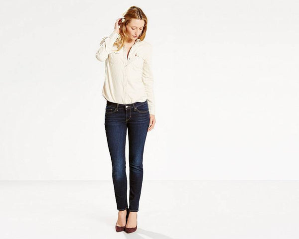 711 Levi's Skinny Jeans - model Day Trip (Women size)