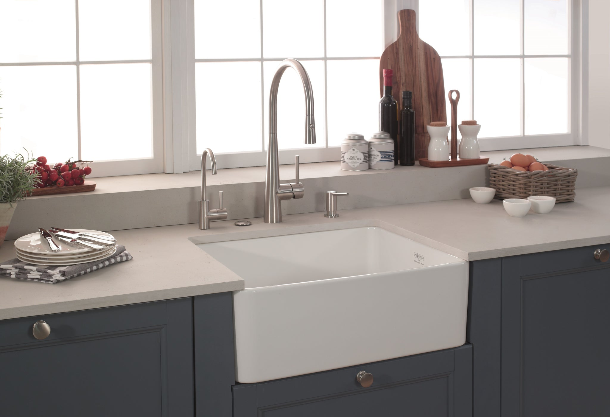 Franke manor house mhk110 28 fireclay 28 apron front kitchen sink in