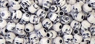 Skull Beads 13mm   Antique White 1180SV073A