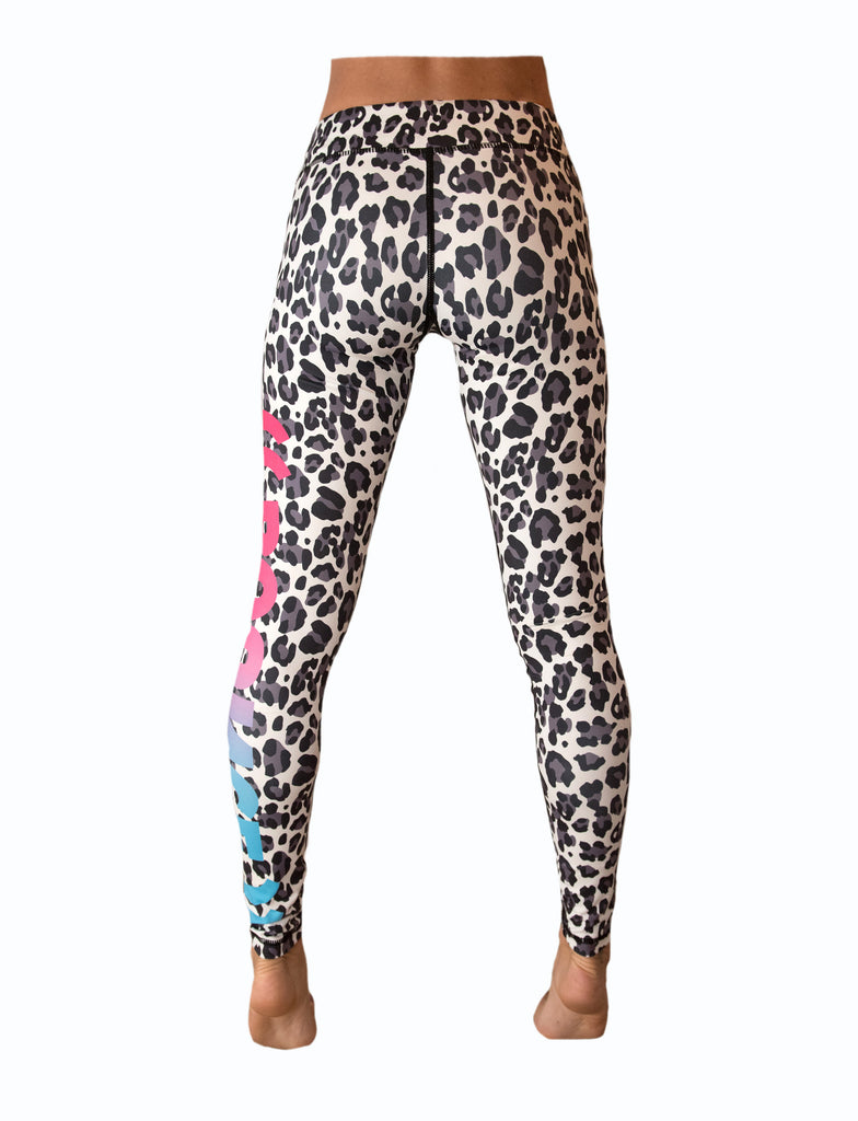 ((BOUNCE)) Snow Leopard Leggings