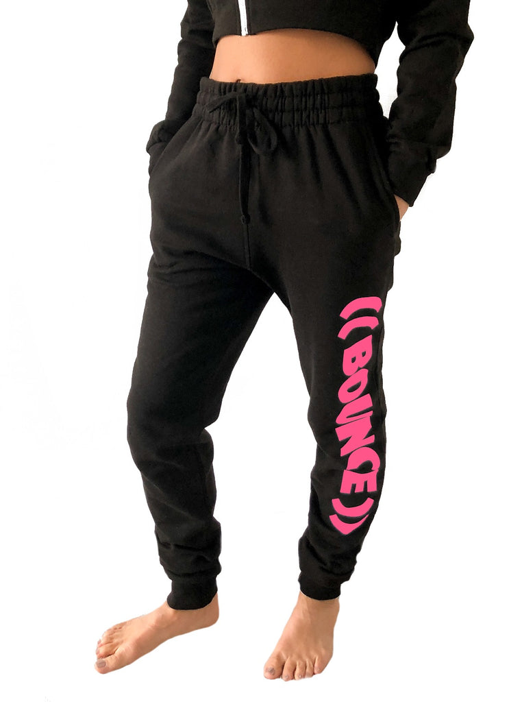 ((BOUNCE)) Tapered Jogging Bottoms | Black /Pink