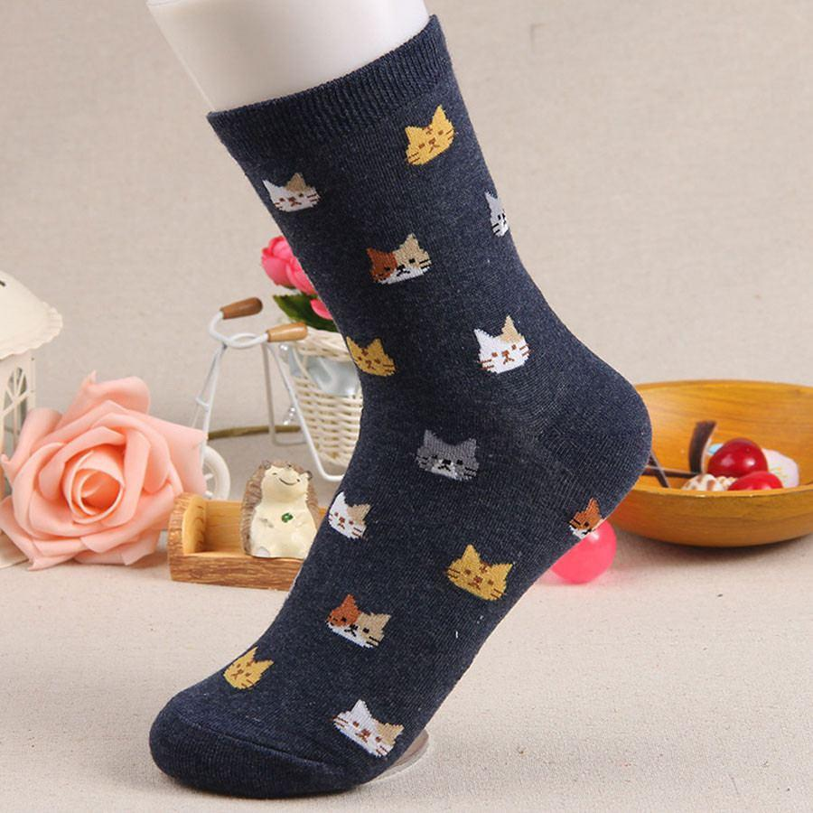 Kitten print face socks in black