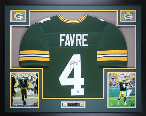 Brett Favre Autographed and Framed Green Packers Jersey Auto Favre COA (D1-L)