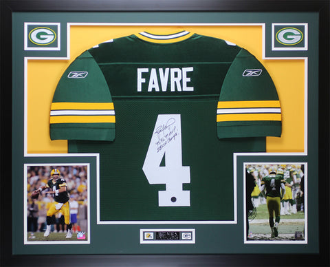 Brett Favre Autographed and Framed Green Packers Jersey Auto Favre COA D9-L