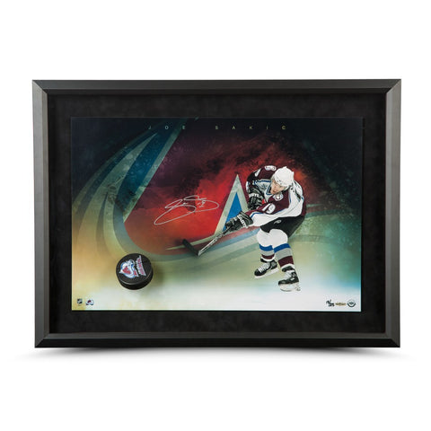 Joe Sakic Autographed Avalanche Slap Shot Breaking Through