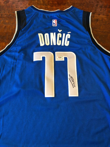 Luka Doncic Autographed Royal Blue Dallas Mavericks Jersey PSA/DNA