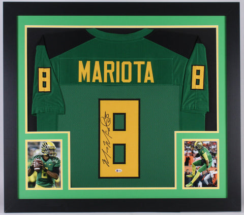 Marcus Mariota Signed Oregon Ducks 31x35 Custom Framed Jersey (Beckett COA)