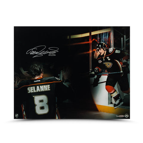 Teemu Selanne Autographed Final Home Game Photo